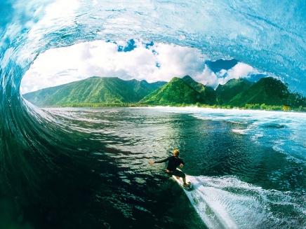 surfing-tahiti