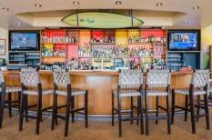 dream-inn-santa-cruz-bar
